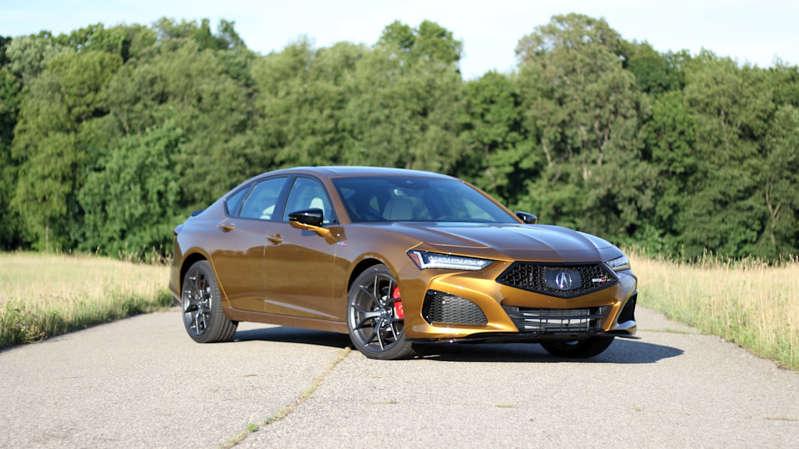 2021 Acura TLX Tip S Yol Testi İncelemesi altın ve şanlı