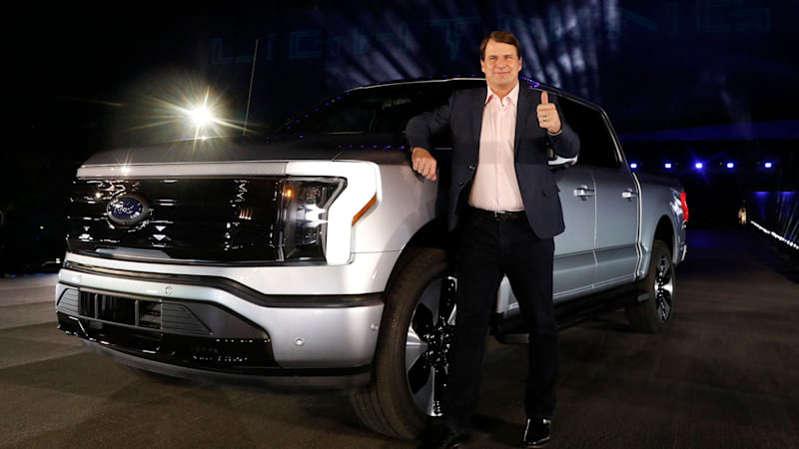 Ford, kıt araçlar için fiyatlar arttıkça sürpriz bir kâr elde etti